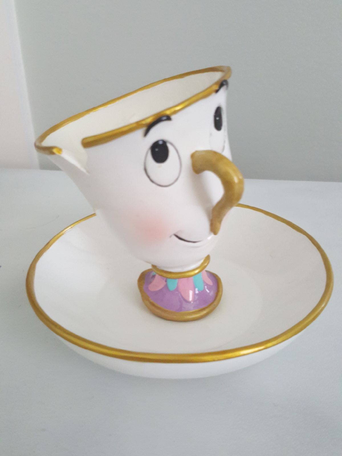Chip From Disney S Beauty And The Beast Holds Jewlery Adorable For A Little Girls Disney Beauty And The Beast Beauty And The Beast Theme Beauty And The Beast