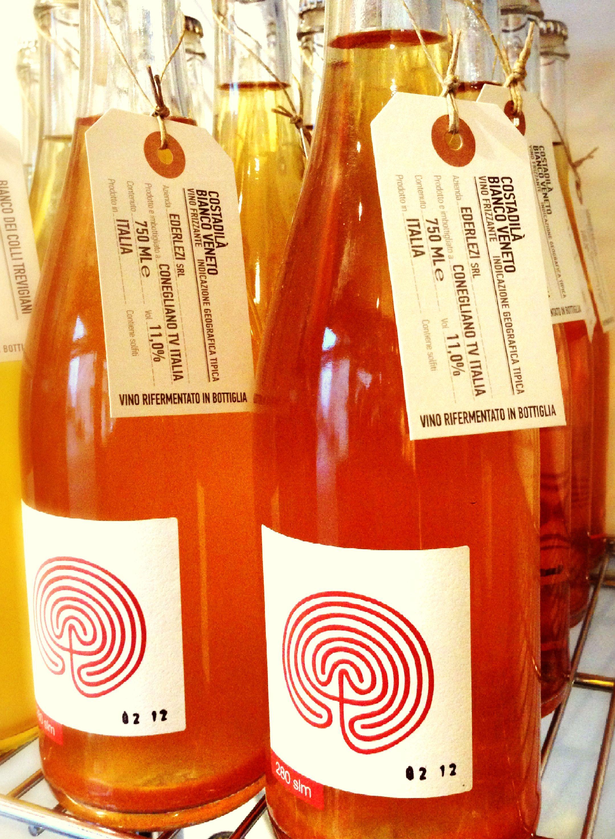 Pin Di Claudio Meninno Su Packaging For Food More Vino Frizzante Vino Prodotto