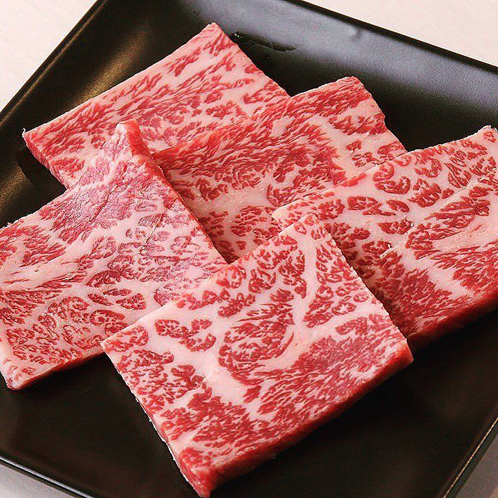 Check out these stunning dry aged a5 wagyu beef strips