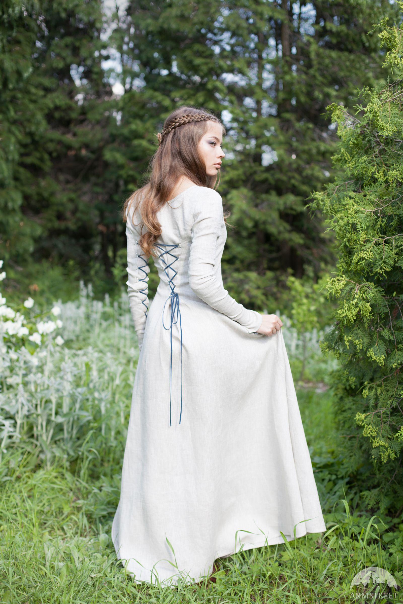 Mittelalter kleidung aus leinen