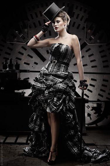 Extravagantes Brautkleid in Schwarz/Weiß - really cool! | Steam Punk ...