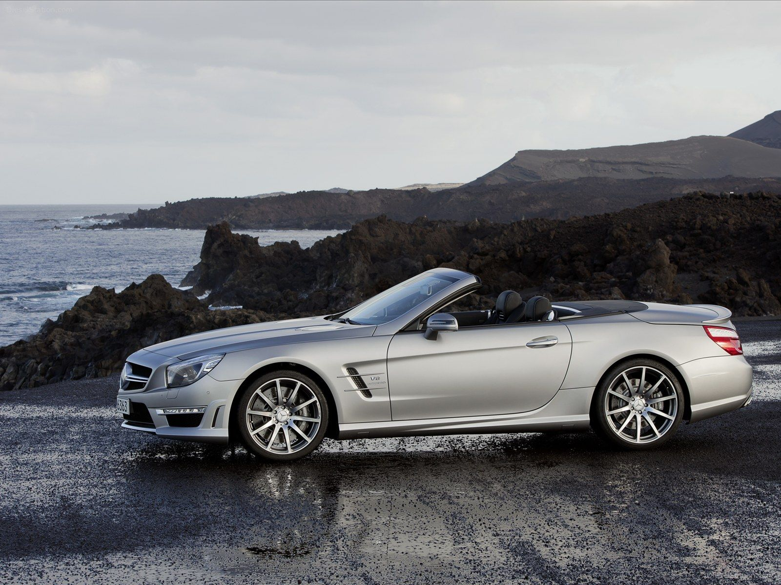 The new mercedes benz sl 63 amg will be launched summer 2012