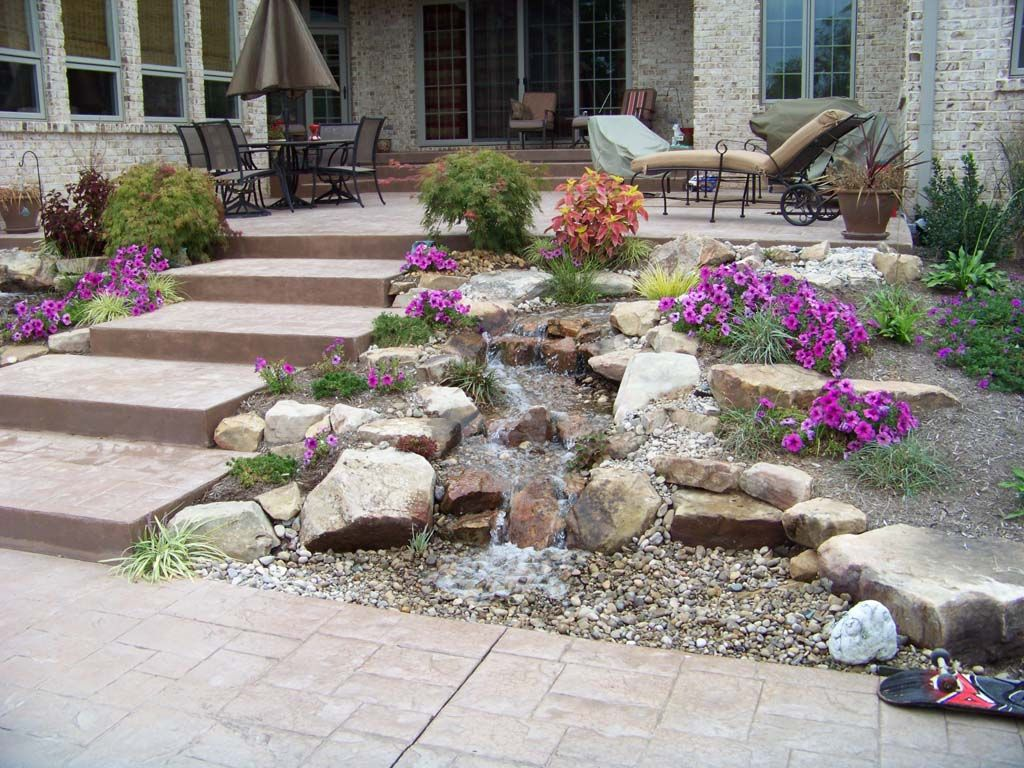 Disappearing Pondless Waterfall Landscape Ideas Lexington Kentucky Central Ky H2o Designs Inc Lexin Waterfall Landscape Landscape Design Landscape