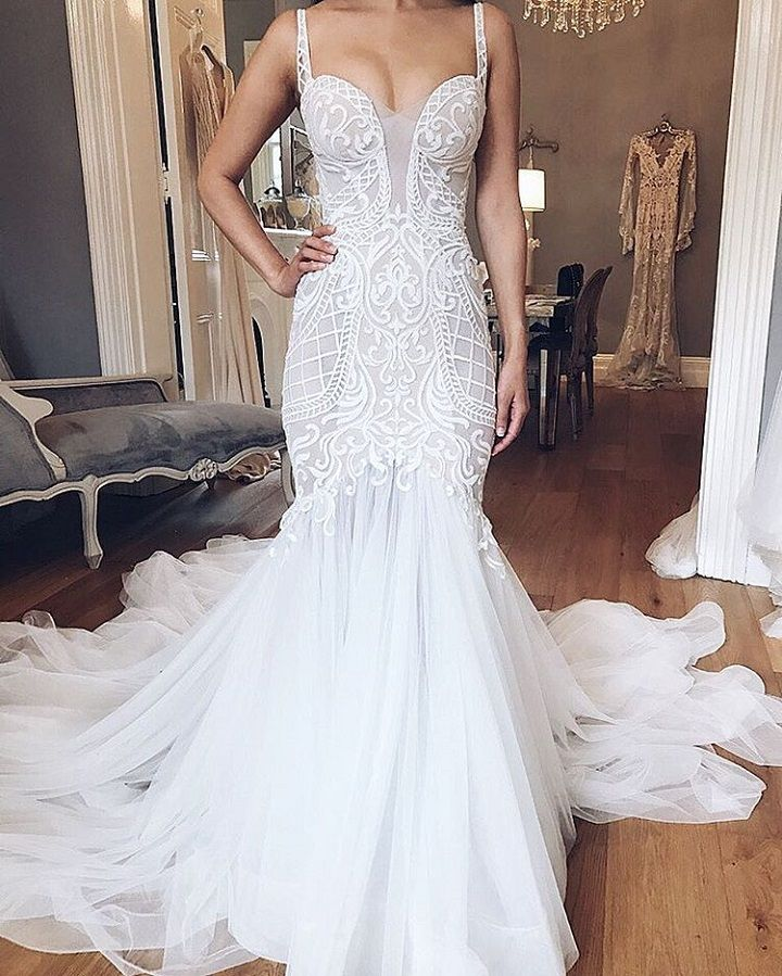 Beautiful mermaid wedding dress | fabmood.com #weddingdress #weddingdresses #weddinggown #weddinggowns #mermaid