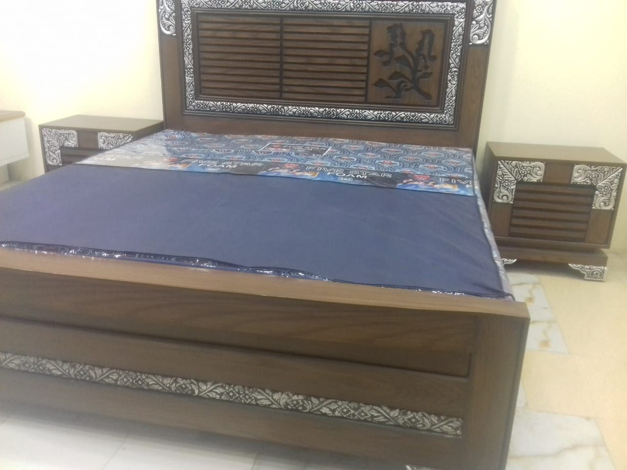 bed and mattress, sleep number bed, guest bed, foldable