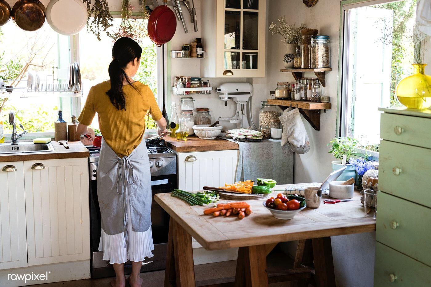 Download premium image of Japanese woman cooking in a countryside kitchen |  Countryside kitchen, Japanese women, Cooking kitchen