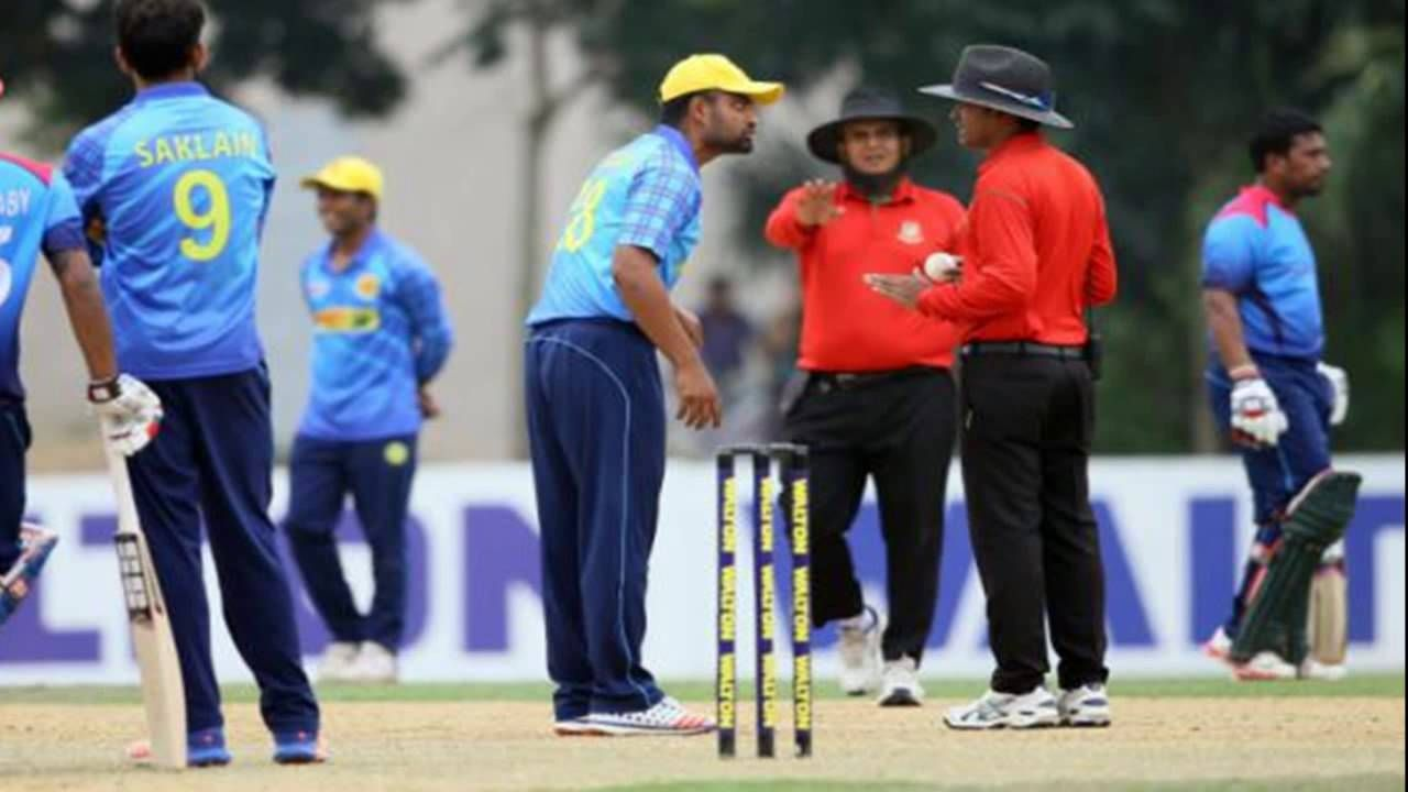 Tamim Fight With Umpire In DPL Fight, Youtube, Hard hat