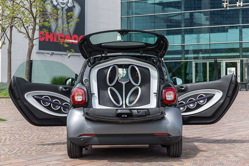 Smart Fortwo Outfitted With Jbl Sound System To Create Mobile