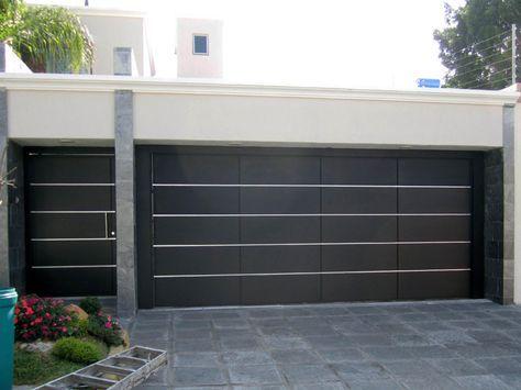 Puertas Cochera Modernas Buscar Con Google Fachadas De Casas Modernas Fachada De Casa Portones Modernos Para Casas