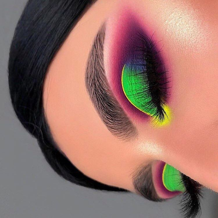 30 Fascinating Neon Eyes Makeup Looks You'd Like to Try