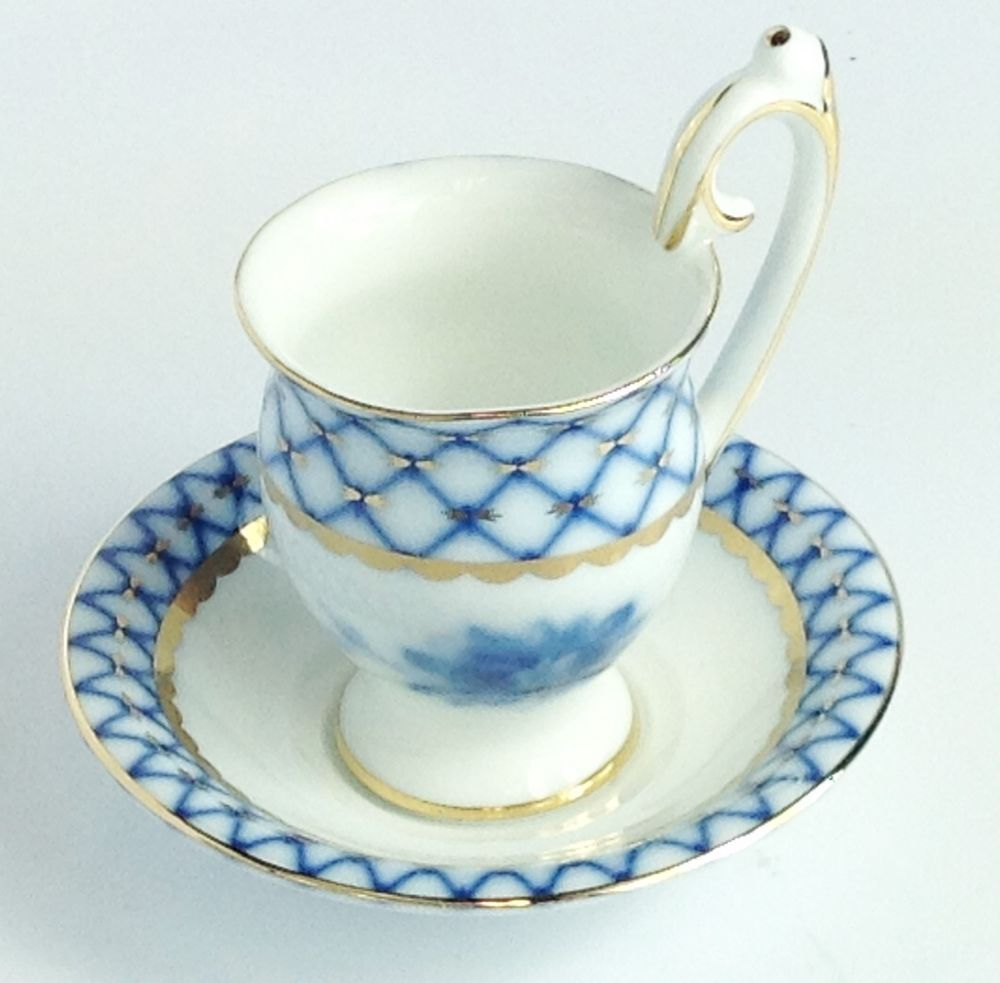 Russian Imperial Lomonosov DESIGN Porcelain Cobalt Net Demi Cup & Saucer 4.5  H