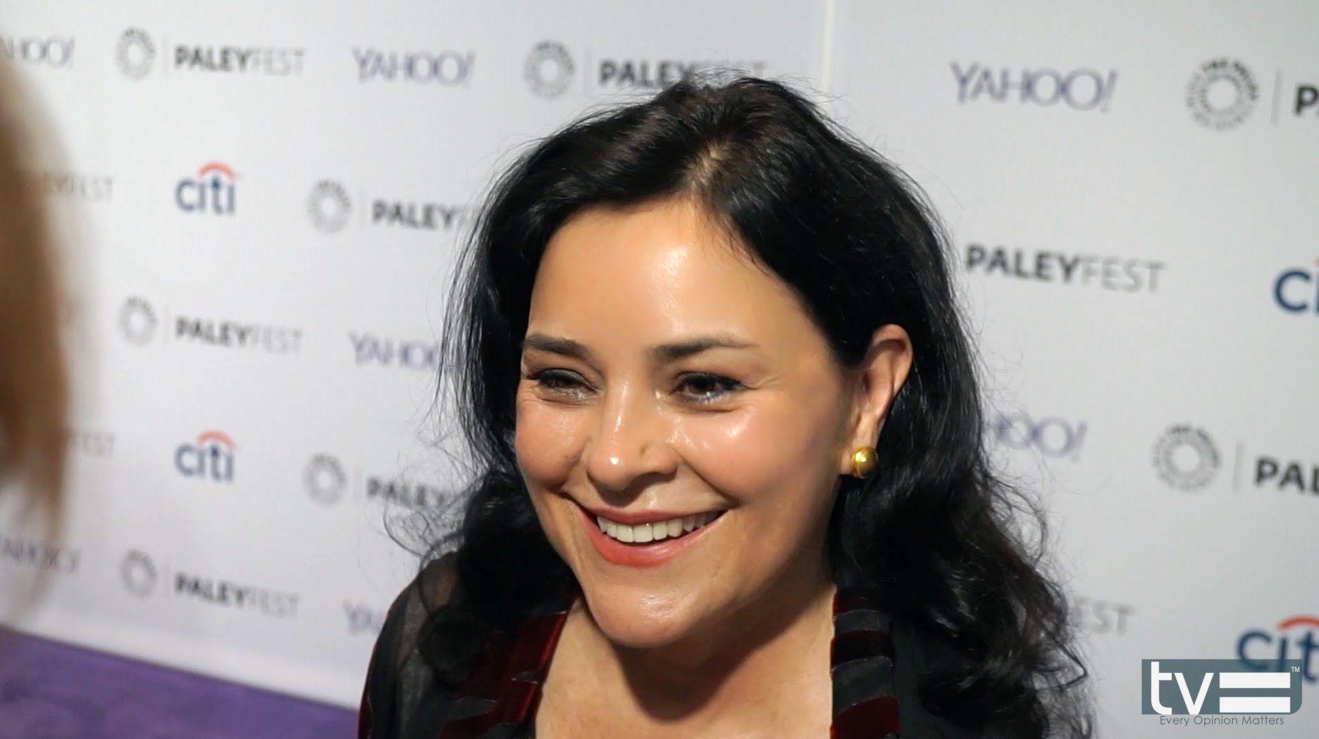 Diana Gabaldon…Scriptwriter…A Look Ahead to Outlander Episode 2×11 | Outlander Online