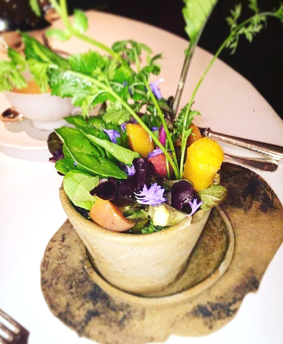 Credit to picture owner! Digging 😋into my garden on a plate in Mandarin Oriental Hotel Hong Kong 🌲🌳🌴🌺🌷💐 - - - -