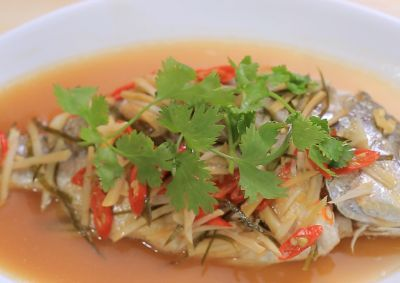 Steam fish with lime and chili dressing malaysian food pinterest enjoy this quick and easy steamed fish recipe by ili sulaiman from home cooked malaysia forumfinder Image collections