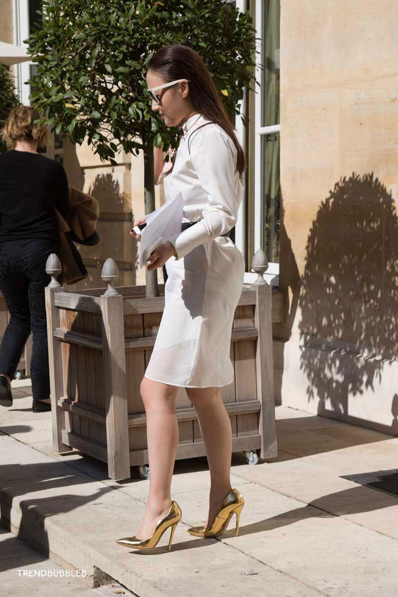 Paris Fashion Week: Street Style + Celebs #streetstyle #pfw read more: http://trendbubbles.nl/paris-fashion-week-street-style-celebs/