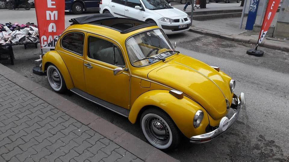 Vw Beetle 1303 Ls Ragtop Open Air Cars Twingo Yellow Vw