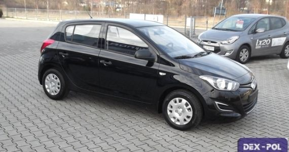 Hyundai I20 1 2 Dohc 85km Wersja Classic Plus Kolor Czarny