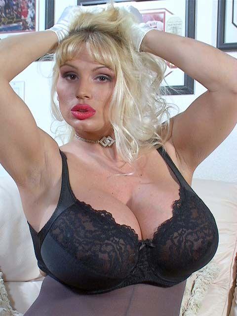 Naked lisa lipps Lisa Lipps