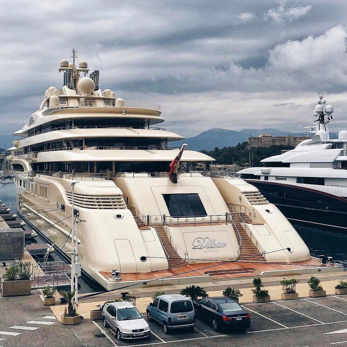 Dilbar The World S Largest Motor Yacht By Volume Owned By