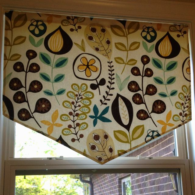 Quick Little Valance I Made For The Laundry Room...I Just