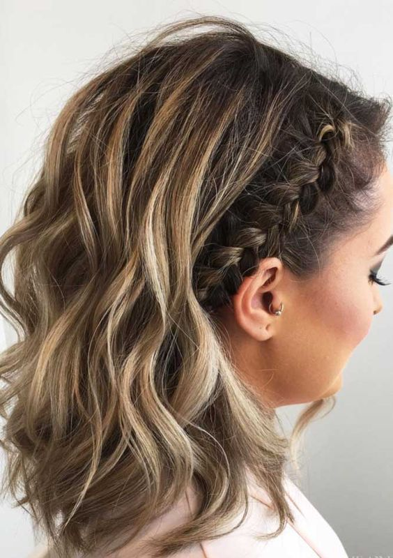 27 Cute Braided Hairstyles For Short Hair Braids For Short Hair Hair Styles Medium Length Hair Styles