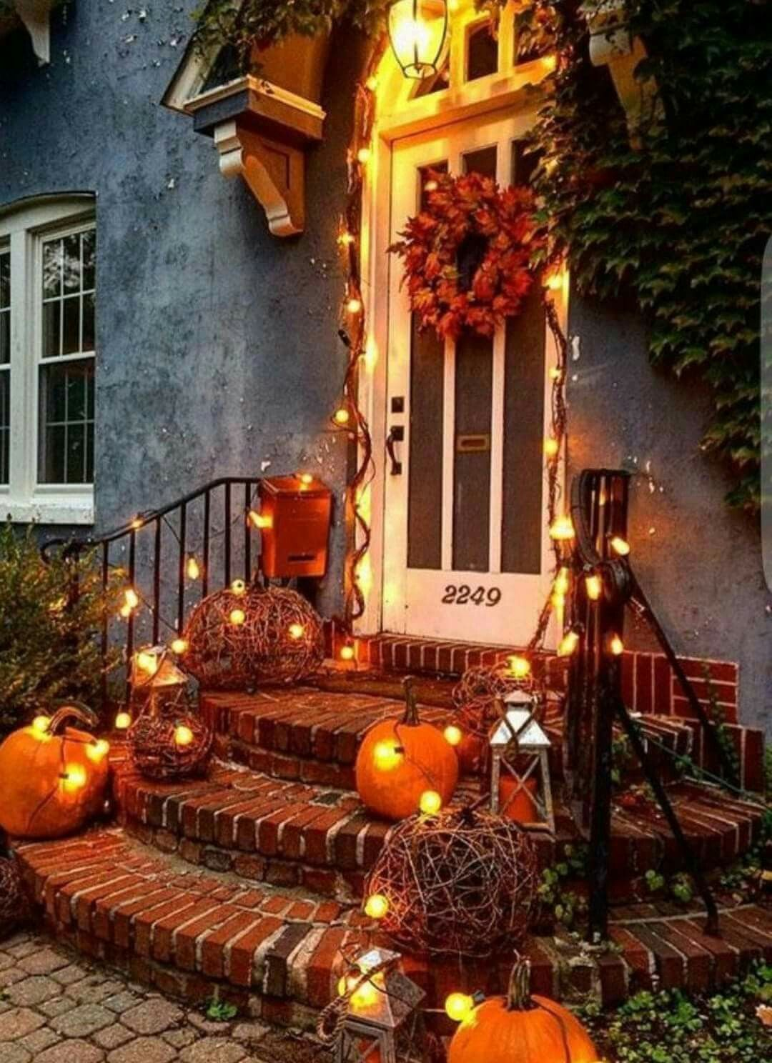Front Porch Halloween Decoration Ideas Fun And Easy Ideas