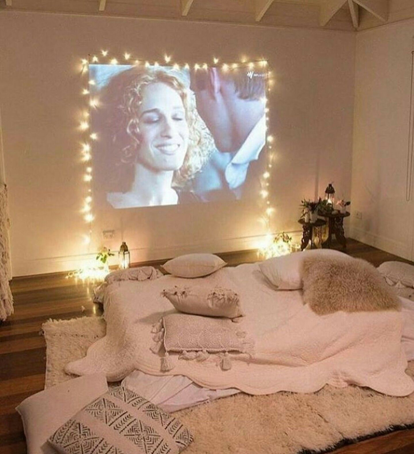 Great Way To Set Up A Projector Screen In Your Home Projector In Bedroom Home Theater Seating Apartment Decor #projector #living #room #ideas