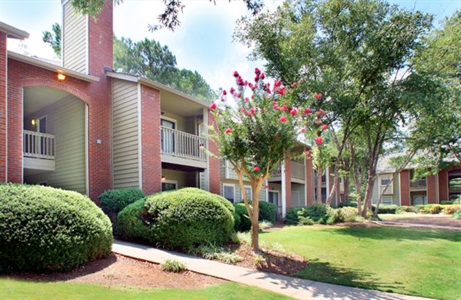 Gwinnett Place Lawrenceville Ga Affordable Apartments Apartments For Rent Metro Apartment
