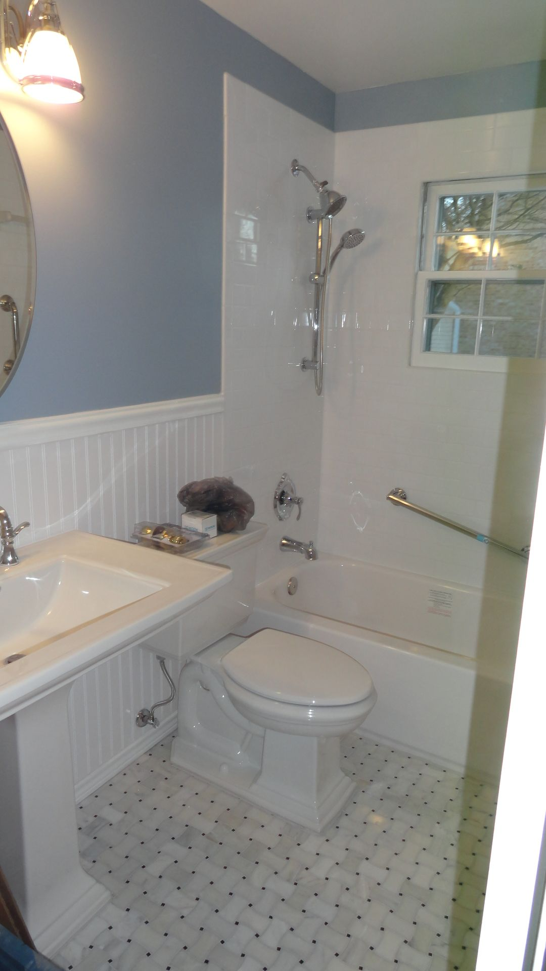 30 Kohler Memoirs Pedestal Sink And Kohler Memoirs Toilet