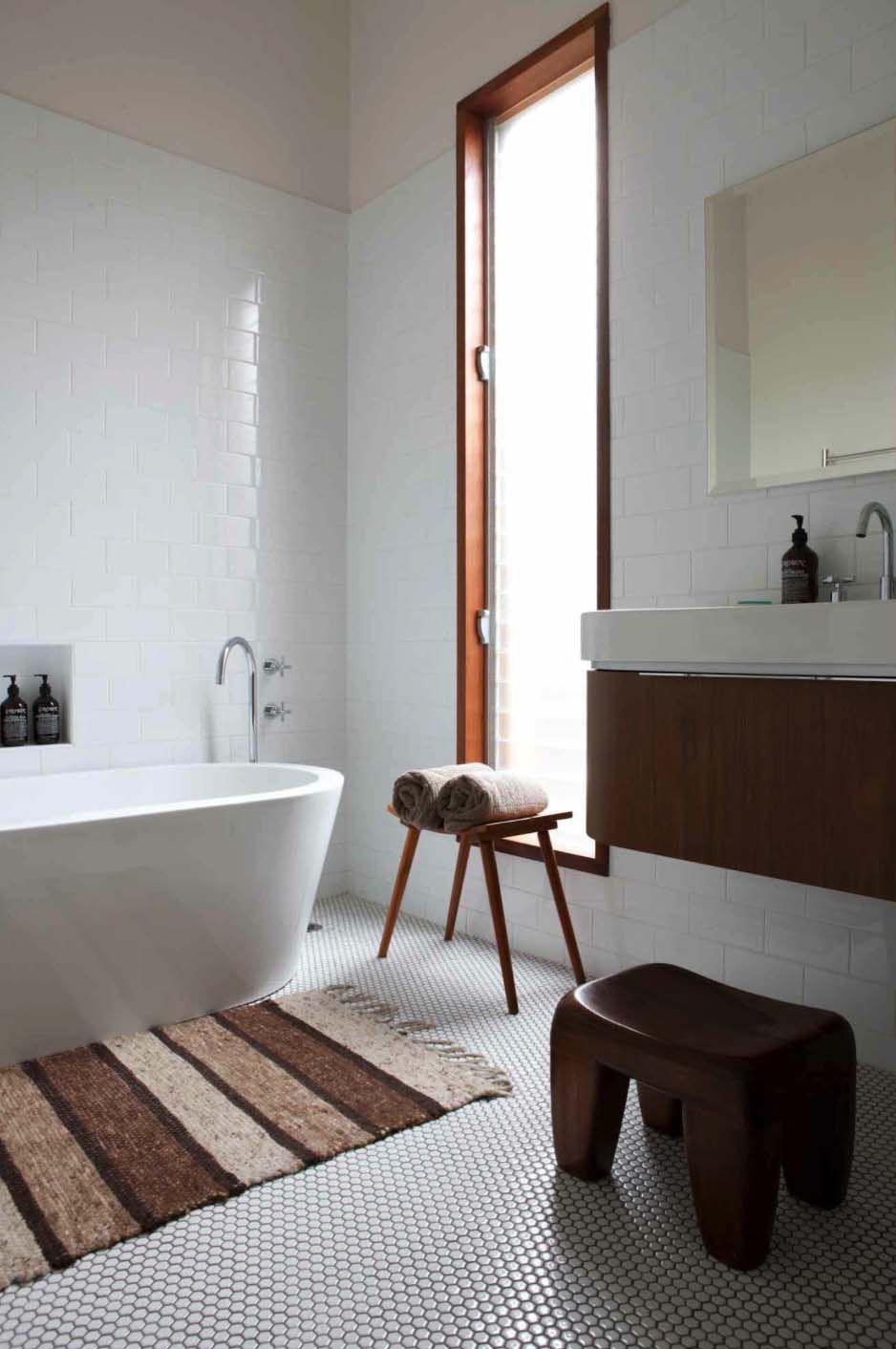 37 Amazing mid-century modern bathrooms to soak your ...