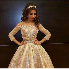 Pin By Natt 127 On Caftan Marroqui Dresses Formal Dresses Long Formal Dresses