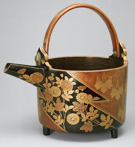 Wine container, Momoyama period (1573–1615), ca. 1596–1600JapanLacquered wood H. 97/8 in. (25cm)Purchase, Gift of Mrs. Russell Sage, by exchange, 1980 (1980.6). MET Museum