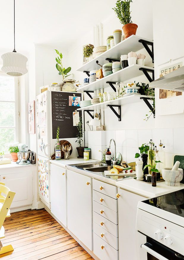 Two Lovely Swedish Kitchen Tours Interior Design Kitchen Swedish Kitchen Diy Kitchen Decor