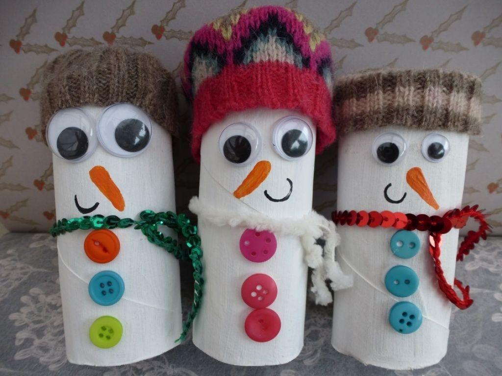 Toilet roll snowmen image