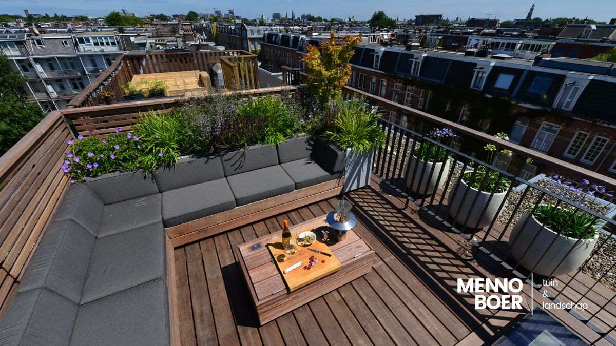 Exclusieve daktuin in Amsterdam-West voorzien van alle gemakken