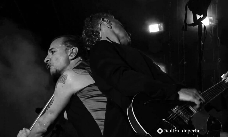 Pin by Szamák Csilla on Depeche Mode ❤️ in 2019 | Depeche