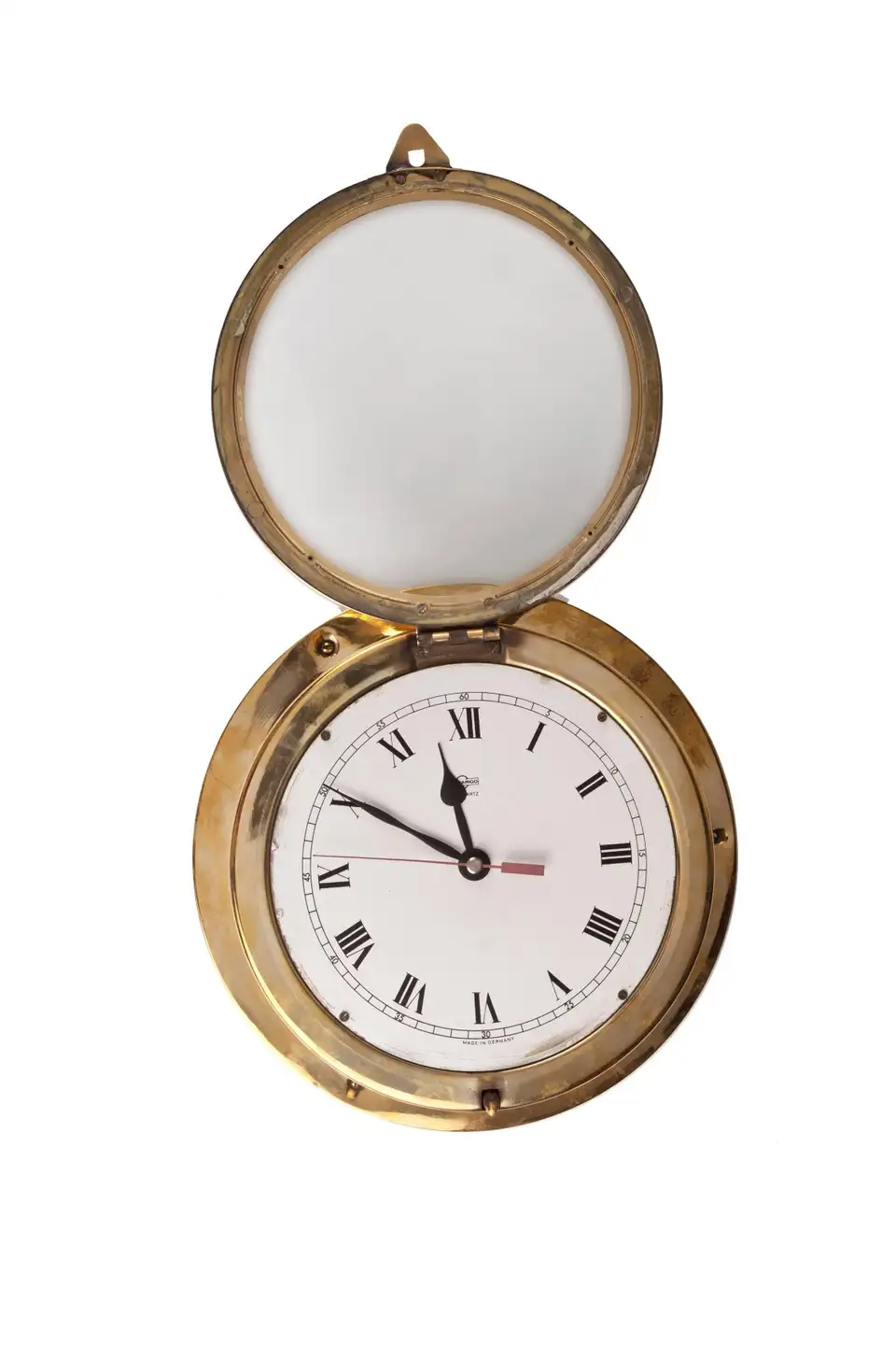 For Sale On 1stdibs A Brass Ship S Clock With Roman Numeral Dial In Working Order With Replaced Battery Mechanism Signed In 2020 Nautical Clocks Clock Brass Ship
