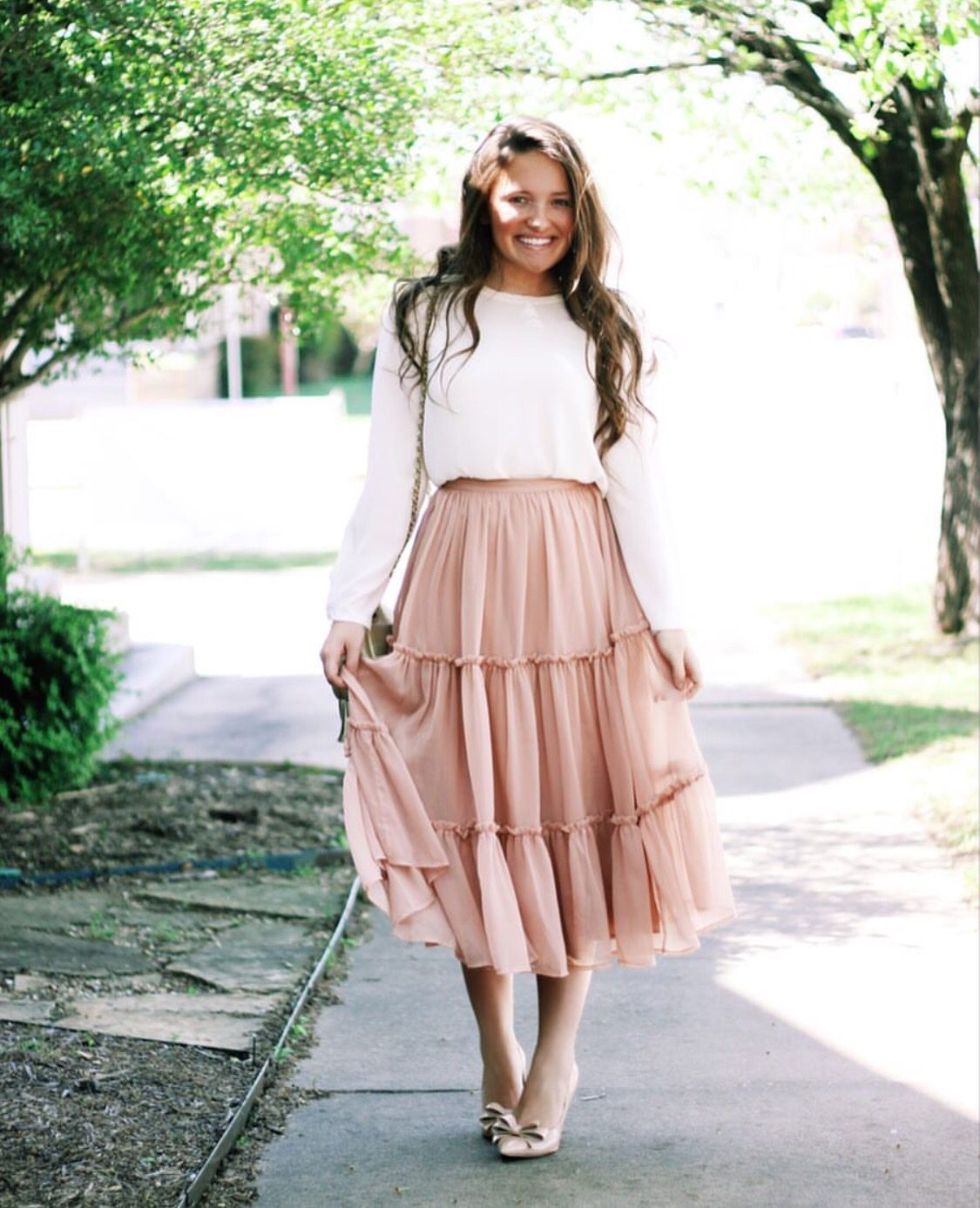 White Sweater | Gathered Skirt | Rio-Rita Skirt | Simple Outfits | fashion | Pinterest ...