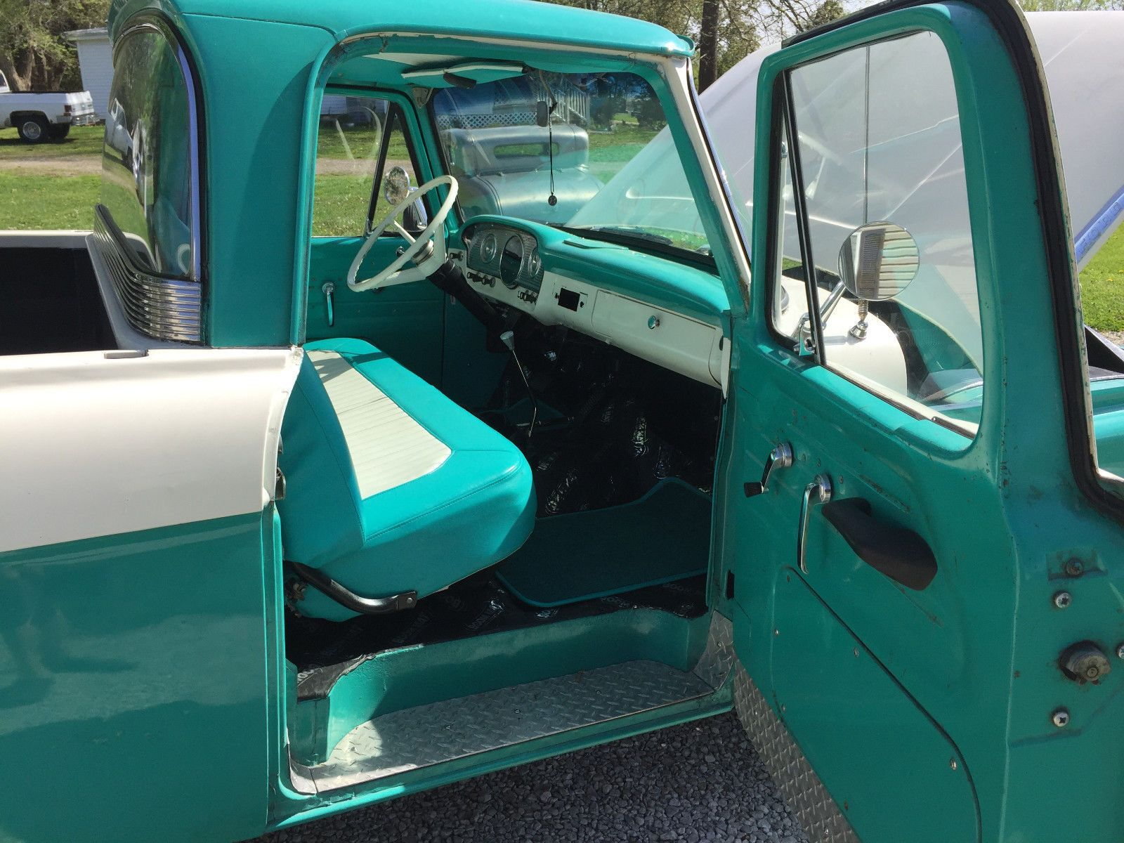 1961 Ford F 100 Shortbed Big Back Window Old Ford Trucks Ford Trucks Classic Truck