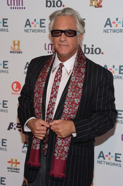 Barry Weiss Photos Photos A E Networks 2012 Upfront Arrivals Barry War Having A Bad Day