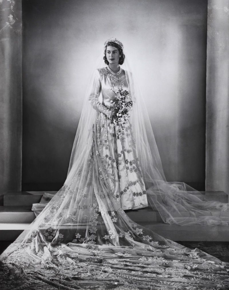 indypendentthinking Princess Elizabeth wedding portrait
