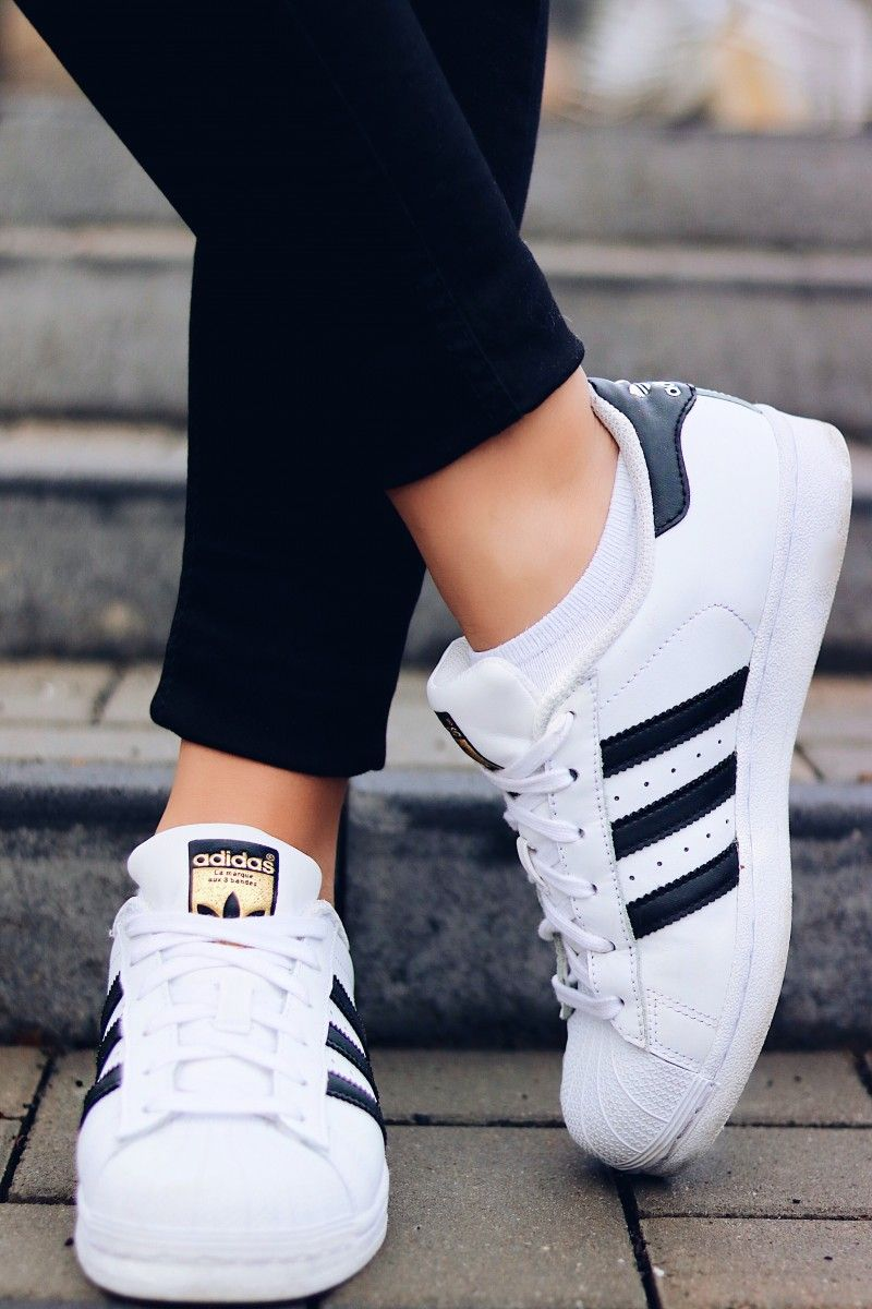 release date: a8dfe 8f891 Adidas Superstars, Outfit. Adidas Superstars, Outfit Compras, Zapatos ...