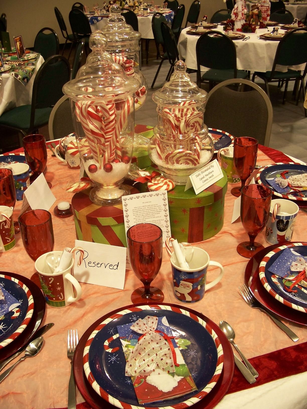 Picnic Table Decoration Ideas - Christmas & Winter Table Decorating