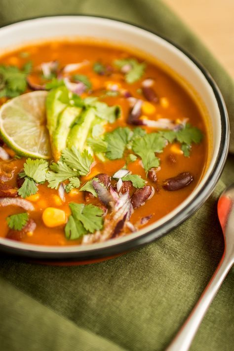 Soupe mexicaine épicée aux haricots rouges - Recette ...