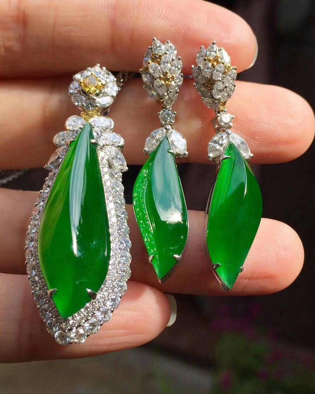 margueritecaicai.  jade  jadeite  gem  jewelry  jewellry  b87a3ed834c85