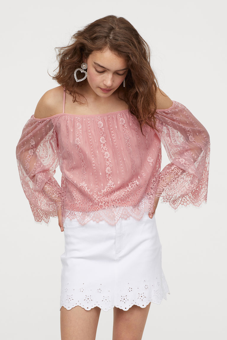 Off Shoulder Bluse Aus Spitze Altrosa Ladies H M De Bluse Spitze Off Shoulder Bluse Modestil