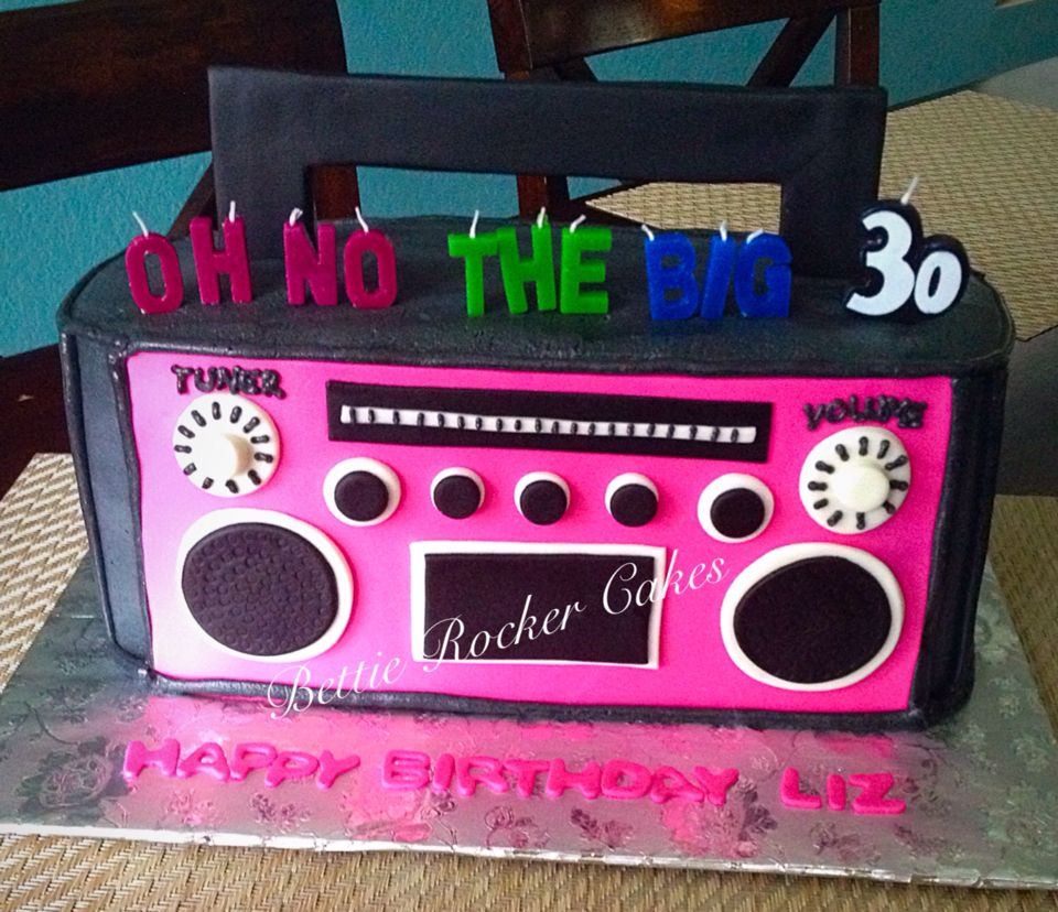 Boom box boombox radio 80s 30th birthday cake Bettierockercakes