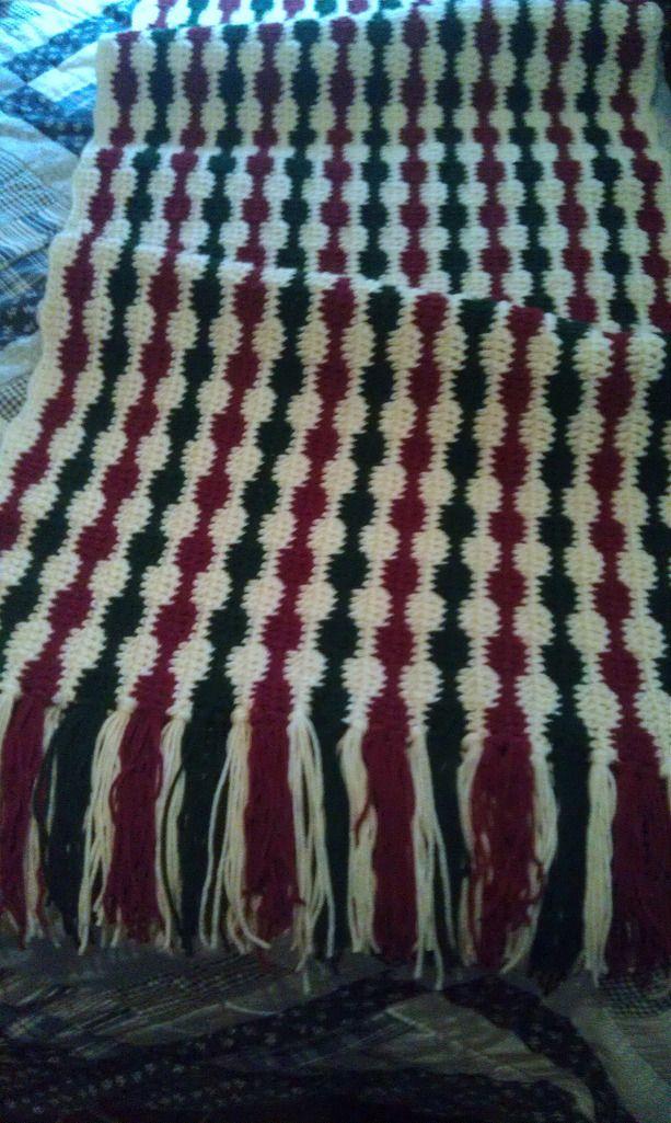 Christmas Crochet Blanket - Missed Stitches   Knitting junk   Pinterest