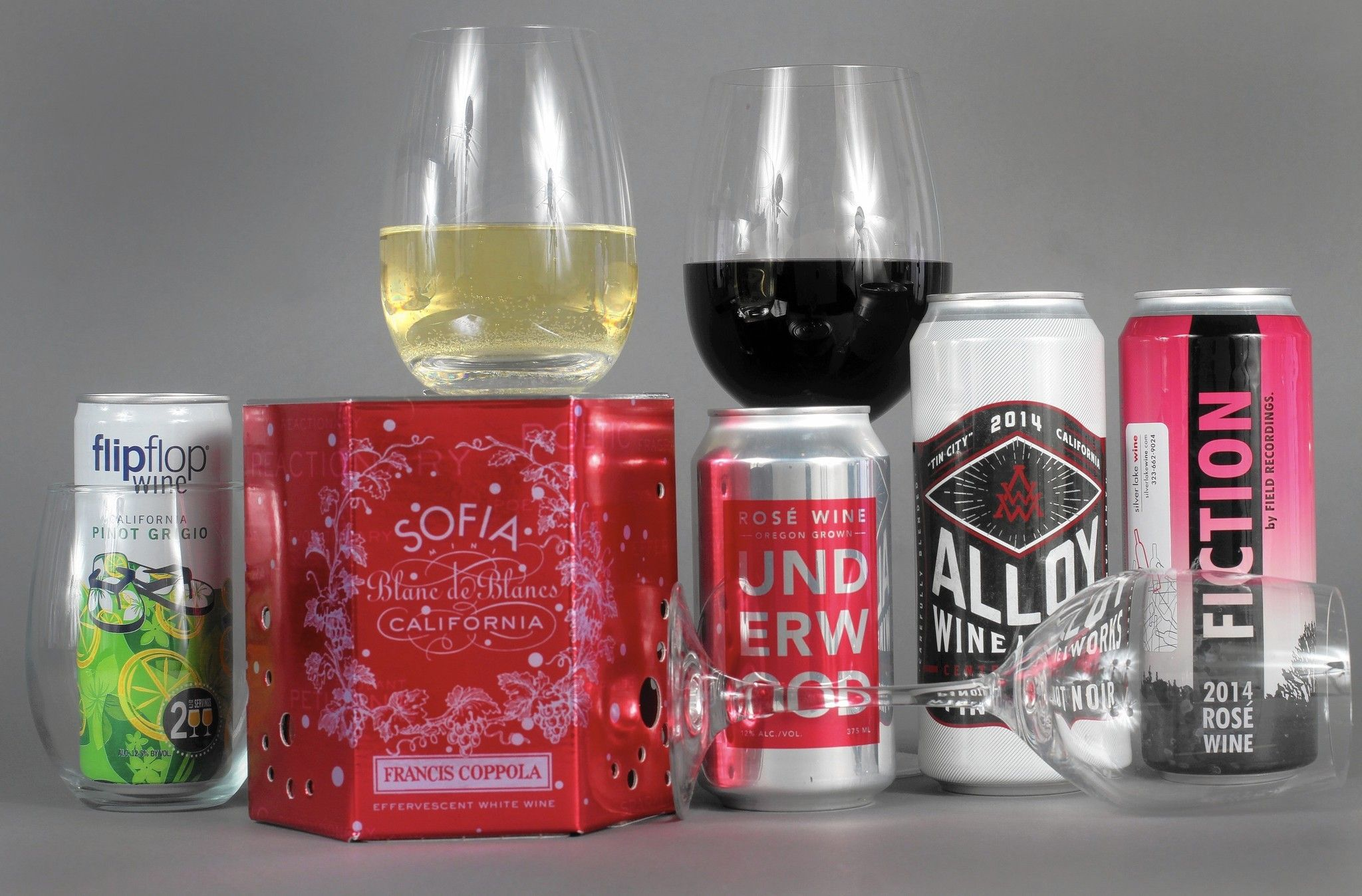 Wine In Cans The Idea Is Starting To Pop In The U S Wine Packaging Design Canning Wine Packaging