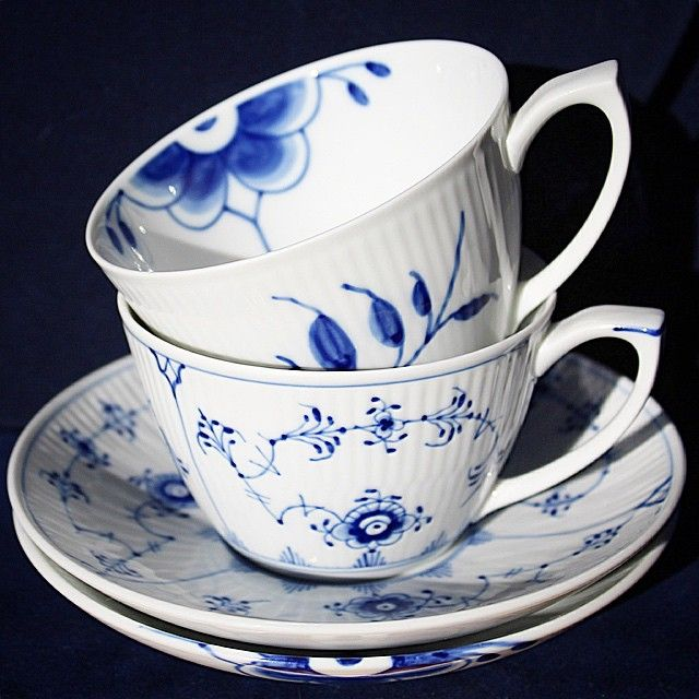 #royalcopenhagen #blueflutedplain #blueflutedmega #musselmaletriflet #blåmegariflet ▫️the_moments #elevatingmoments ➡️RC GULD på Facebook